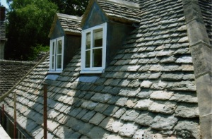 Roof repairs Swindon, Cirencester Gloucestershire roofing company, stone tile roofers Swindon